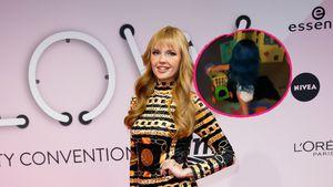 Ganz die Mama: Bonnie Stranges Tochter zeigt Model-Skills