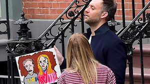 Kaum erkannt: Welches Hollywood-Traumpaar wurde hier gemalt?