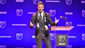 Kick it like Beckham: David wird zum Fußball-Club-Besitzer!