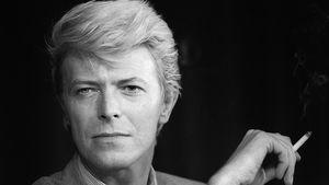 David Bowie bei einer Pressekonferenz in Cannes