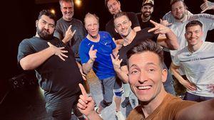 """So ging es backstage bei den """"Stars gegen Krebs""""-Männern zu"""