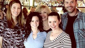 Himmlische Reunion: Ex-Kollegen feiern mit Jessica Biel!