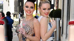 Bodypainting: So sexy sind die Cola Werbe-Girls
