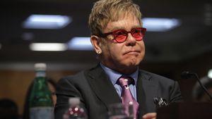 Liebeskummer betäuben: Elton John nahm Überdosis Pillen
