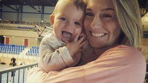 Schon so groß: Hier lernt Estavana Polmans Babygirl laufen!