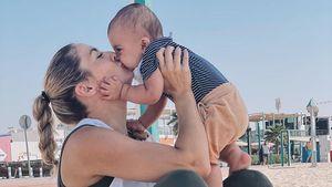 Dicker Schmatzer! Fiona Erdmann teilt süßes Mama-Sohn-Bild