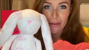 Luxus-Strampler und Co.: Georgina zeigt Babyparty-Geschenke