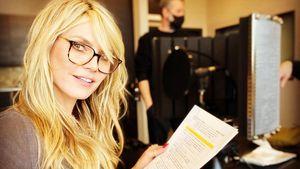 Hinter den Kulissen: Heidi Klum vertont gerade GNTM-Folgen