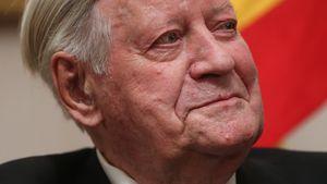 Bewegend! So trauern die Promis um Altkanzler Helmut Schmidt