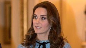 Viel zu altbacken? Herzogin Kates Schwanger-Look fällt durch