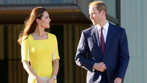 Wie eine Banane? Prinz William disste Kate für gelbes Kleid!
