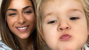 Zum zweiten Geburtstag: Inci Sencer zeigt Tochter wieder
