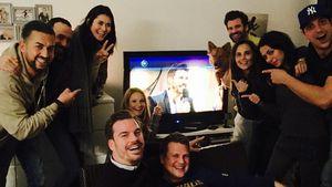 Jana Julie Kilka beim Fernsehabend mit Freunden