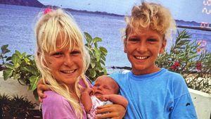 Janni Hönscheid (m.) und ihre Schwestern als Kinder