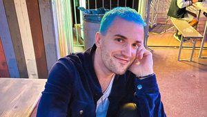 Kaum erkannt: ESC-Star Jendrik überrascht mit blauen Haaren