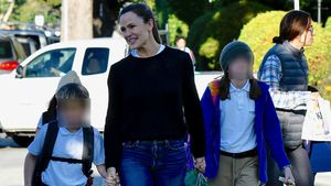 Multitasking: Jennifer Garner chillt mit Kids im Nagelstudio