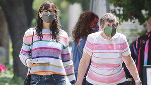 Jennifer Garner mit Mama Patricia im Partnerlook unterwegs