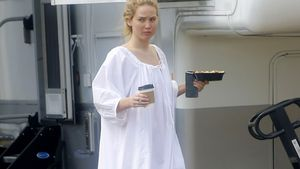 Fashion-Fehltritt? Jennifer Lawrence trägt Nachthemd-Look