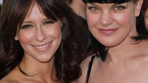 Jennifer Love Hewitt und Pauley Perrette
