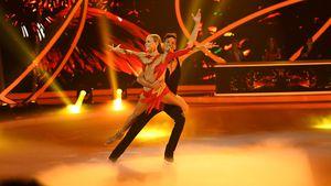 """Dancing on Ice""-Jenny Elvers: So schlimm sind die Schmerzen"