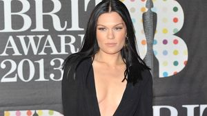 Wow! Jessie J mit Mörder-Dekolleté