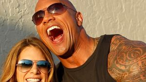 Bizeps-Buddies! Dwayne mit Biggest-Loser-Trainerin