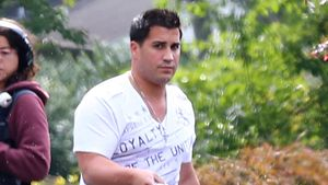 Stolzer Papa: Snookis Jionni bringt Giovanna heim