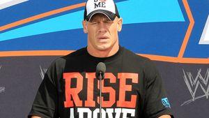 Lässt John Cenas Ehefrau ihn richtig bluten?