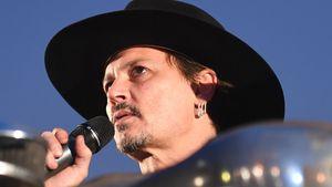 Johnny Depp spricht beim Glastonbury Festival 2017