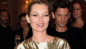 Hoppla! Kate Moss als wackeliger Goldbarren