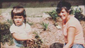 Altes Kinderbild: Hier sah Katie Holmes wie Tochter Suri aus