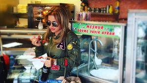 Kim Debkowski im Schnellrestaurant