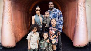 Mit allen Kids: Kim Kardashian teilt brandneues Familienfoto