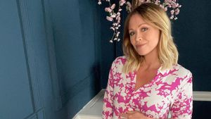 "Süß! ""Girls Aloud""-Star Kimberley Walsh teilt Babybauch-Pic"