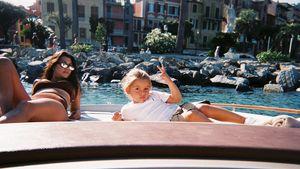 Kourtney Kardashians Sohn (4) zeigt Fotografen Mittelfinger