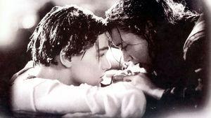 """Leonardo DiCaprio und Kate Winslet am Ende von """"Titanic"""""""