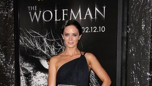 Emily Blunt im sexy Toga-Outfit