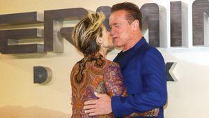 """""""Terminator""""-Reunion: Linda Hamilton und Arnie küssen sich"""