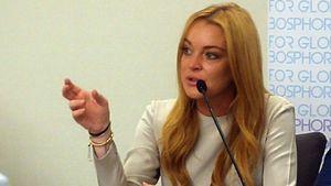 Lindsay Lohan 2016 auf einer Pressekonferenz in der Türkei