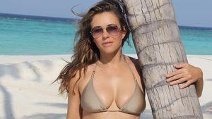 Liz Hurley in einem Bikini ihrer eigenen Kollektion