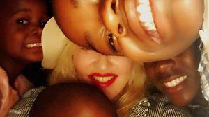 Madonna und ihre Adoptivkinder David Banda, Mercy James, Esther und Stella