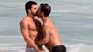 Marc Jacobs knutscht mit Porno-Star-Freund im Meer