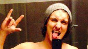 """Sexy Selfie? Marco Angelini zeigt sich """"oben ohne"""""""