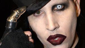 Zu Halloween: Dildo mit Marilyn Mansons Gesicht zu haben!
