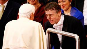 Benedikt XVI. erleichtert, kein Papst mehr zu sein