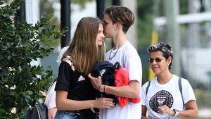 Süß: Hier küsst Romeo Beckham seine Freundin öffentlich