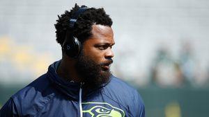 Weil er Frau im Rollstuhl schubste: NFL-Star verhaftet!