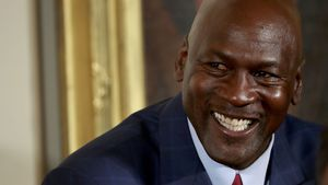 Michael Jordan lacht