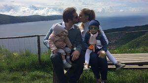 Michelle Hunziker mit Ehemann Tomaso und ihren gemeinsamen Töchtern Sole und Celeste
