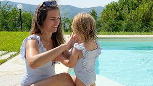 Mona Stöckli mit Töchterchen Clea im süßen Partnerlook!
